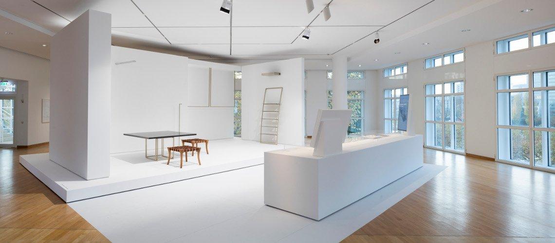 Ausstellungsansicht jil sander präsens 2017 im museum angewandte kunst