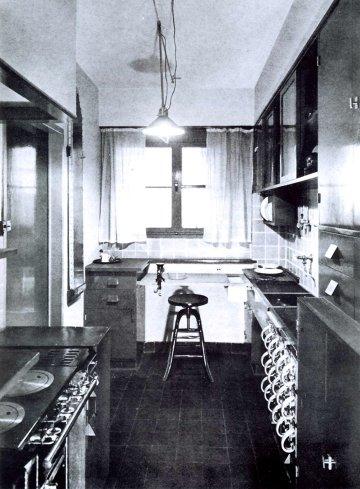 Frankfurter küche neu restauriert im museum