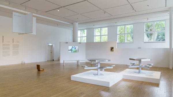 Ausstellungsansicht / exhibition view: ars viva 2021. Rob Crosse, Richard Sides, Sung Tieu