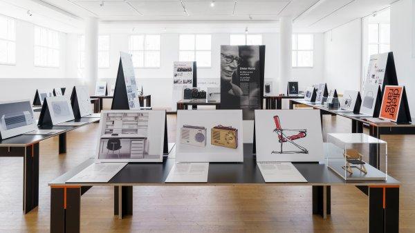 """Installationsansicht / Installation view """"Dieter Rams. Ein Blick zurück und voraus"""""""